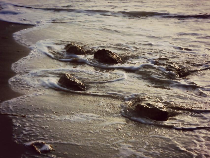 olas y rocas  waves and rocks