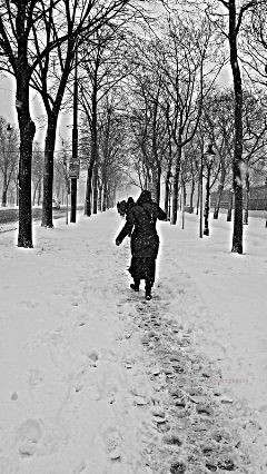 photography snow vienna people travel blackandwhite